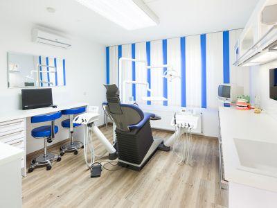 Zahnarztpraxis Krecker Behandlungsraum 4_2